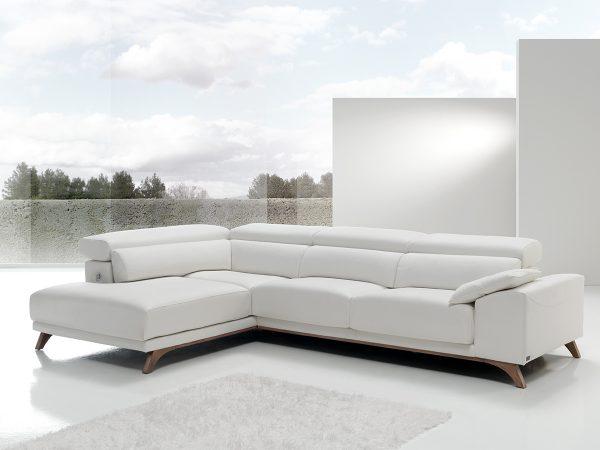 Sofá tapizado modelo BAKO