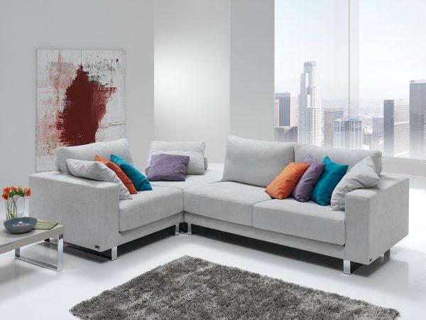 Sofá tapizado modelo ZAYRA